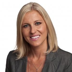 Monika Bartoszcze - Smith & Associates Real Estate Agent